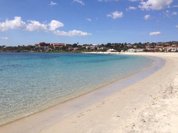Znalezione obrazy dla zapytania spiaggia pittulongu
