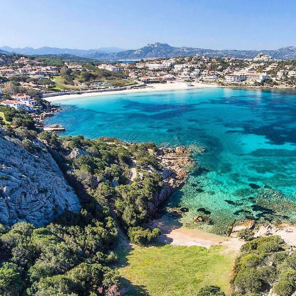 Spiaggia Baia Sardinia (Arzachena) - My Sardinia