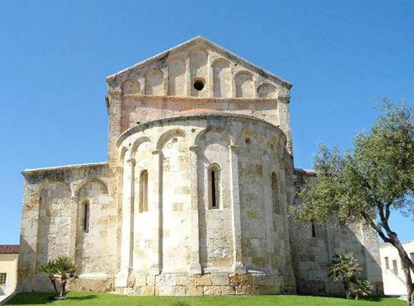 Basilica Di San Gavino San Proto E San Gianuario Porto