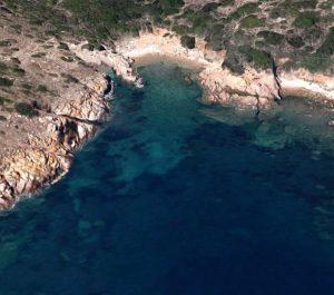 Spiaggia Cala di Levante (Isola di Mortorio)